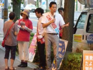 スーパー前では「原発も訴えて!」など、要望というより政治への怒りと日本共産党への期待をいっしょに伝えていただく声でした